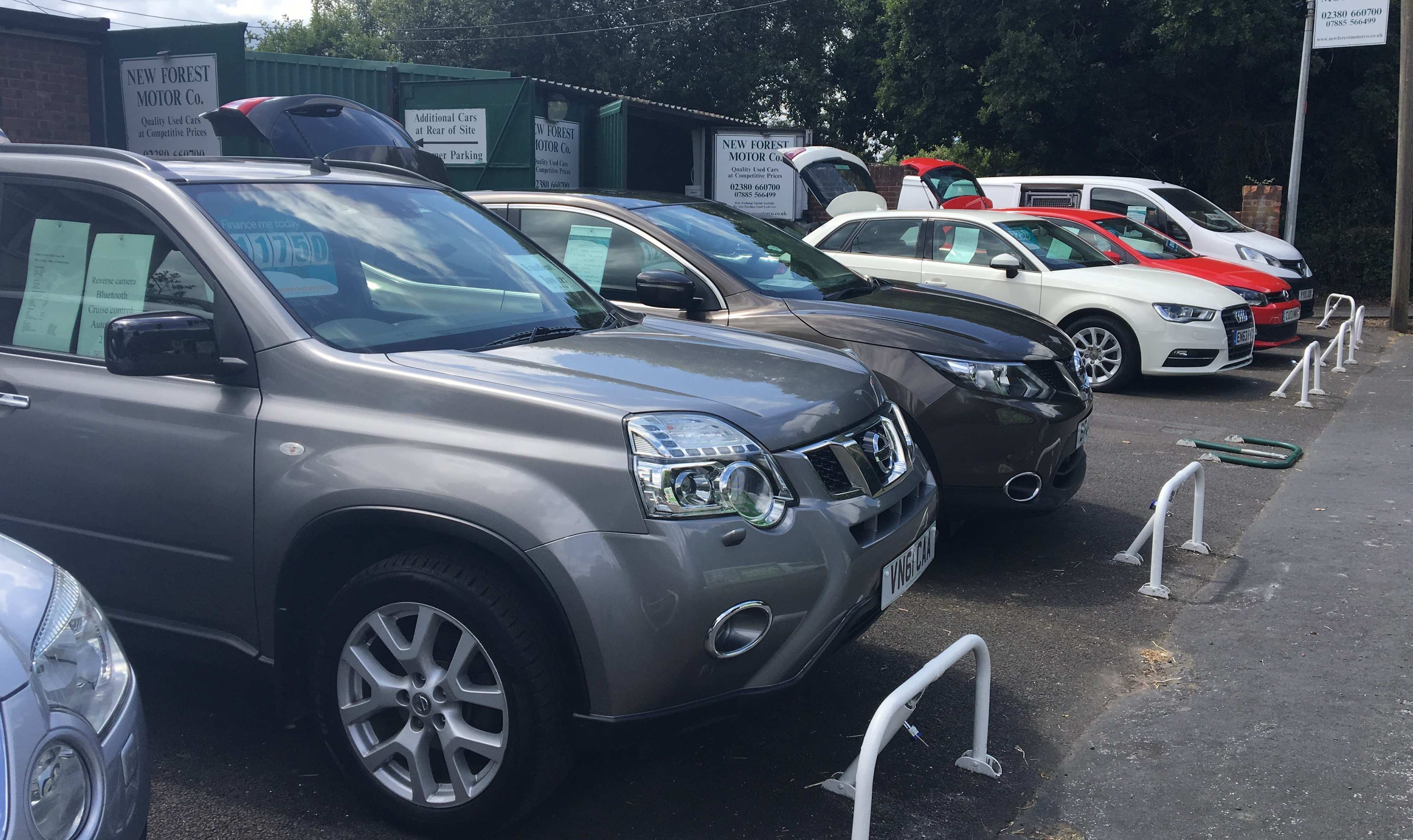 Quality used car sales in southampton hampshire new for Nissan motor finance customer service